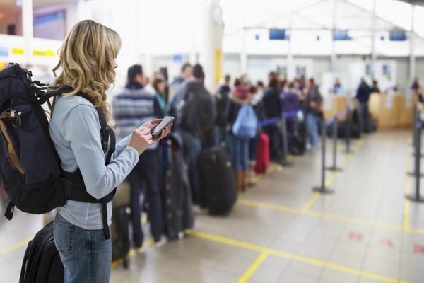 Đi máy bay lần đầu như thế nào? Lần đầu đi máy bay phải chuẩn bị những gì?