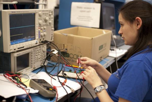Tìm hiểu về ngành Kỹ thuật máy tính? Ngành Kỹ thuật máy tính là gì?